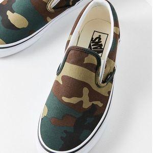 Brand New - Vans Classic Canvas Slip-On Sneaker